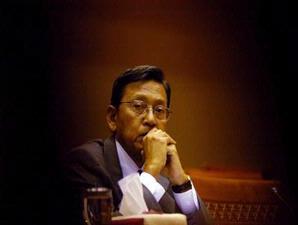 Pak Boediono, sang ekonom...